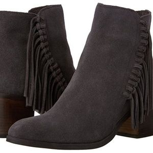 Kenneth cole grey ankle boot 9M - Display